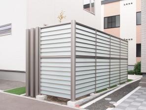 LIXIL サニーブリーズフェンスと人工芝のお庭 札幌市白石区H様邸2